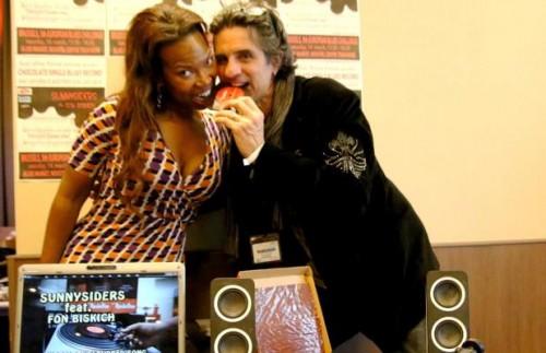 Juwana Jenkins i Hrepa testiraju čokoladnu ploču